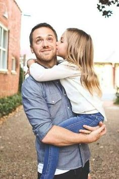 Trendy baby photography with dad daddy daughter 69 Ideas Daddy Daughter Pictures, Father Daughter Pictures, Dad Daughter, Father Daughter Tattoos, Mother Daughters, Tattoos For Daughters, Father Daughter Photography, Children Photography, Photography Poses