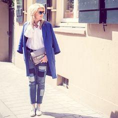 New outfitpost online wearing @vicmatieofficial @tara_jarmon @proenzaschouler Link in BIO #ootd #outfit #outfitpost #stylemyday #vic #vicmatie #tarajarmon #proenzaschouler