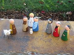 """peg people nativity - I just need a baby jesus for our """"lay hay in the manger"""" advent Nativity Crafts, Christmas Nativity, Kids Christmas, Christmas Crafts, Christmas Ornaments, Green Christmas, Diy Art Projects, Craft Projects For Kids, Diy Crafts For Kids"""