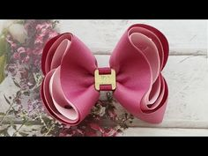 🎀BOUTIQUE ESTILO TRIPLO🎀 - YouTube Hair Ribbons, Diy Hair Bows, Ribbon Hair, Headband Hairstyles, Diy Hairstyles, Felt Headband, Hair Bow Tutorial, Baby Hair Accessories, Boutique Bows