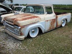 Hot Rod e Kustom: Ford F-100 60, Rat Rod.