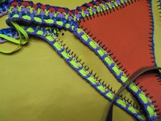 Tutorial paso a paso bikini de neopreno y crochet de las famosas   Manualidades Prada, Bikinis Crochet, Swimsuits, Swimwear, Body Fitness, Outfits, Fashion, Crochet Bikini, Hand Sewing Projects