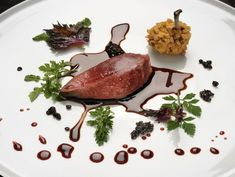 Take a look at nine iconic dishes from Massimo Bottura, chef-owner of Osteria Francescana in Modena, Italy, the best restaurant in the world. Italian Chef, London Food, Best Chef, Food Design, Plate Design, Food Presentation, Fine Dining, Food Photography, Food Porn