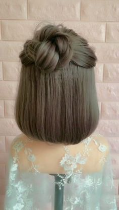 Trendy Hairstyles for Girls Easy Hairstyles girls Hairstyles Trendy Easy Braided Hairstyles For Long, Cute Hairstyles For Medium Hair, Short Hair Styles Easy, Braids For Short Hair, Trendy Hairstyles, Amazing Hairstyles, Medium Hair Styles, Girl Hairstyles, Curly Hair Styles