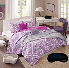 Update your bedroom in an instant with this pretty Audrey coverlet set. This set features an eye-grabbing medallion pattern and a soft coordinating color palette to turn your bed into a focal point. Bedspreads For Teen Girls, Girls Bedding Sets, Teen Bed Spreads, Teal Bedspread, Quilted Bedspreads, Intelligent Design, Queen Quilt, Quilt Sets, New Room