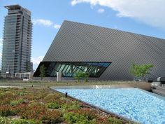 Liza's Garden, on the rooftop at the Royal Ontario Museum   Garden Design