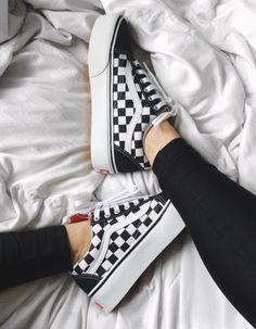 Cute Vans💫 Vans Checkered, Checkered Outfit, Vans Platform Sneakers, High Platform Shoes, Vans Sneakers, Kicks Shoes, Black Shoes Sneakers, Shoes Heels, Shoe Boots