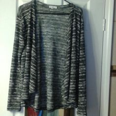 Heather gray and white stripe lightweight sweater Heather gray and white stripe lightweight sweater worn once last year for my son's graduation looks great with a camera under it, aeropostale size xl. Great condition  no snags holes or stains. Aeropostale Tops