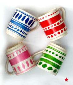 Have holiday gifting stacked in your favor with these kate spade new york illustrated mugs.