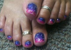 Pretty pedicure: Purple with thick pink tips, all sparkles/glitter (gel polish? Purple Toe Nails, Bright Nails, Fancy Nails, Cute Nails, Pretty Nails, Glitter Gel Polish, Glitter Toes, Sparkles Glitter, Star Nail Designs