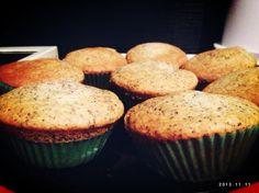 Mohn Marzipan Muffins
