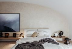 House tour: a beachfront Bondi apartment oozing relaxed sophistication - Vogue Living