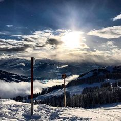 Skiing in Austria with our Team was amazing! Beautiful View @ wilder kaiser! ❤❤ Follow us on youtube: www.youtube.el2s.de  Our video is coming soon!  #mountains #austria #skiing #ski #wilderkaiser @skiwelt_wilderkaiser_brixental @skiweltwilderkaiserbrixental #alps #eyeslovetosee #nature #pictureoftheday #wanderlust #travelgram #travelblogger #naturelovers #naturephotography Alps, Austria, Skiing, Nature Photography, Wanderlust, Mountains, Amazing, Youtube, Instagram Posts