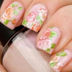 Floral nails, english romance
