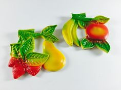 Vintage Fruit Plaques Retro Apple Banana Pear Strawberry Wall Hanging 1960's Home Decor Green Red Kitchen - pinned by pin4etsy.com