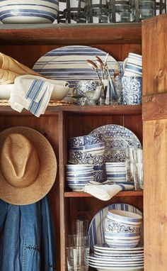 Mix and match with ease: Ralph Lauren Home Cote D'Azur tabletop in 3 signature blue and white patterns