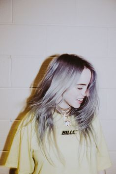 Celebs How much is Billie Eilish Worth ? Billie Eilish, Grunge Hair, Zendaya, Aesthetic Pictures, Girl Crushes, Music Artists, My Idol, Beautiful People, Celebs