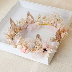 Women's Shell Pearl Wedding Crown Beauty Flower Garland Travel Photograph Hair Bands Beach Headband Hair Accessory - Nail Effect Butterfly Baby Shower, Butterfly Party, Butterfly Birthday, Cute Jewelry, Hair Jewelry, Jewellery, Headband Hairstyles, Wedding Hairstyles, Diy Hairstyles