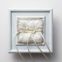 《La Reine》 リングピロー / ヴィンテージフレーム|LOUNGE WEDDINGのガーランド・リングピロー