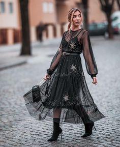"""Mi piace"": 2,104, commenti: 25 - Double Trouble Blog (@doubletrouble_blog) su Instagram: ""Stars ✨  #portugueseblogger #doubletrouble #fashionist #trendalert #streetstyle #stylist #lookdodia…"""