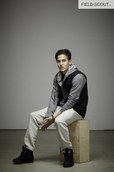 FV100-BLACK-QUILTED VEST // LS103-C-H. GREY-CASHMERE HOODED HENLEY // FP102-SNOW-FIELD PANT