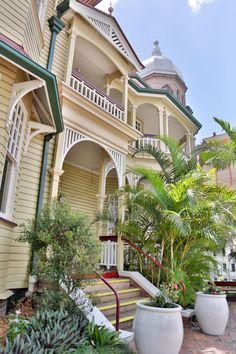 Queensland Brides: City Weddings - Brisbane City Locations - United Service Club Queensland