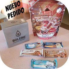 Por fin en mis manos  barritas de @questnutrition  harina de avena sabor #nutchoc de @max_protein y @bebidasbolero sabor coco