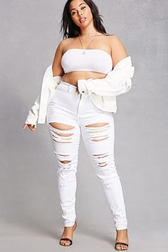 Leggings, sweatpants, skinny jeans, skater skirts, and distressed denim: we& got it all. Shop a variety of Forever 21 plus size bottoms online today! Plus Size Dresses, Plus Size Outfits, Girl Fashion, Fashion Outfits, Womens Fashion, Legging Outfits, Voluptuous Women, Beautiful Girl Image, Plus Size Jeans