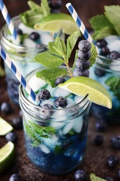 Need a fabulous mojito recipe? Try these 9 luscious spins. I haven't had a mojito in years. Summer Cocktails, Cocktail Drinks, Cocktail Recipes, Drink Recipes, Cocktail Shaker, Water Recipes, Popular Cocktails, Refreshing Cocktails, Mason Jar Cocktails