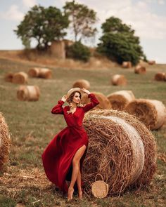 """Daria Bulavina auf Instagram: """"ВОСКРЕСНЫЙ ЛАЙК-ТАЙМ ❤️❤️❤️ ✔️Поставьте лайк этому посту и 2 предыдущим) ✔️Напишите в комментах """"хочу лайки"""" ✔️Поставьте ❤️ участникам ✔️Ждите…"""" Portrait Photography Poses, Photography Poses Women, Autumn Photography, Outdoor Photography, Creative Photography, Photography Ideas, Shotting Photo, Just Girly Things, Summer Photos"""