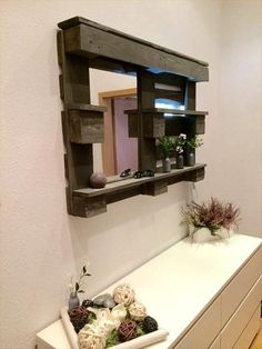 This DIY Pallet Bathroom Shelf and Storage Ideas has been built from the old pallet timber whose most popular resources are delivery skids, building, and barns.