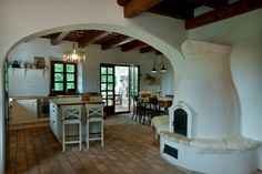 Traditional Interior, Traditional House, Interior Architecture, Home Interior Design, Eco Construction, Old World Kitchens, Weekend House, Earth Homes, Farmhouse Plans