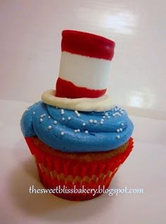 """Dr. Seuss cupcake: My10 month old son loves """"Green Eggs and Ham"""", as well as """"How the Grinch Stole Christmas"""". This would be a great birthday party theme."""