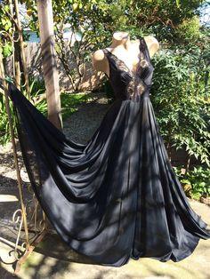 e4c9c295d050 18 Best Spectacular Peignoirs images   Dress night, Vintage bridal ...