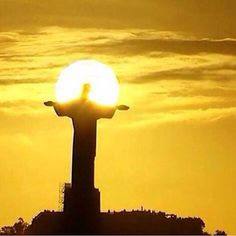 Cristo Redentor (por do sol) - Rio de Janeiro - Brasil