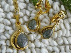 Vintage Gold and Silver Necklace Set with Matching Clip On Earrings