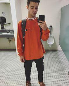 Cameron Dallas : orange is nice