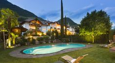 Hotel Magdalener Hof Bolzano Hotel Magdalener Hof is set in a quiet area on the outskirts of Bolzano. The restaurant, terrace, and swimming pool all offer beautiful views of the Dolomites. Parking is free.  All rooms offer a private bathroom and a patio or balcony.