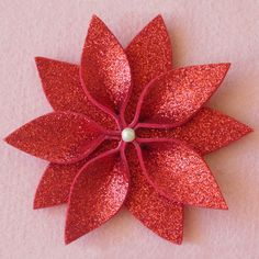 Paper Flowers Craft, Flower Crafts, Diy Flowers, Fabric Flowers, Office Christmas, Pink Christmas, Simple Christmas, Easy Christmas Crafts, Handmade Christmas