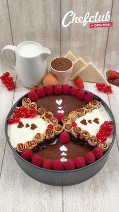 Mini Desserts, Chocolate Desserts, Delicious Desserts, Yummy Food, Winter Desserts, Cheesy Recipes, Sweet Recipes, Fun Baking Recipes, Dessert Recipes
