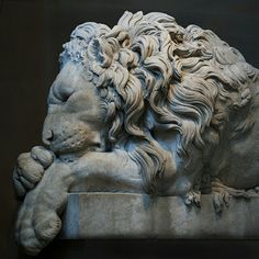 Sleeping Lion, after Canova, by Rinaldo Rinaldi, 1825 - Sculpture Gallery, Chatsworth House - Derbyshire, England
