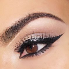 Sparkly Cat Eye
