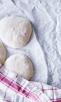 Home Bakery, Mamma Mia, Naan, The Past, Pizza, Cooking Recipes, Bread, Baking, Quesadillas