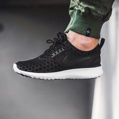 fd8363a84e9920 Nike Juvenate (black   white) - 43einhalb Sneaker Store Fulda Jordans  Sneakers