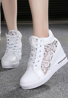 Available Sizes Heel Height :Flat Boot Shaft :Ankle Color :White Toe :Round Shoe Vamp :PU Leather Closure :Lace-up Fashion Flats, Sneakers Fashion, Shoe Vamp, Basket A Talon, Goth Shoes, Wedge Wedding Shoes, Kawaii Shoes, Denim Shoes, Girls Fashion Clothes
