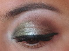 Green, silver and brown eye with Cosmetics Cosmetics Cosmetics Cosmetics Tiara and Cat's Eye by Outsen Outsen Frazee Cosmetics Sugarpill Cosmetics, Makeup Cosmetics, Eye Painting, Woman Painting, Brown Eyeshadow Looks, Best Makeup Products, Beauty Products, Makeup Inspiration, Makeup Looks