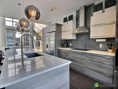 I sold without commission with the help of DuProprio team! Kitchen Room Design, Modern Kitchen Design, Kitchen Layout, Home Decor Kitchen, Modern House Design, Kitchen Furniture, Kitchen Interior, Kitchen And Kitchenette, Smart Kitchen