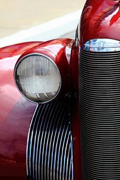 Project 365 #97 - Classic Fifties US Car, Close-up by , via Flickr