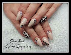 SPN: UV LAQ 634 Perfect Beige and Black Devil Paint Gel.  Nails by: Sylwia Brzuchacz, Glam Nail Krakow❤ #spn #spnnails #uvlaq #uvgel #inspiracje #paznokcie #nails