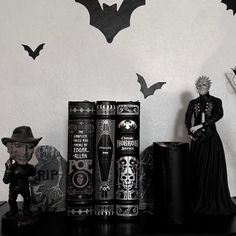 Cheap Home Decorating Sites Info: 6619123854 Creepy Home Decor, Goth Home Decor, Grunge Bedroom, Gothic Bedroom, Wicca, Horror Decor, Gothic House, Victorian Gothic Decor, Gothic Aesthetic